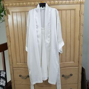 Valerie Stevens Lingerie, Nightie & Robe in White